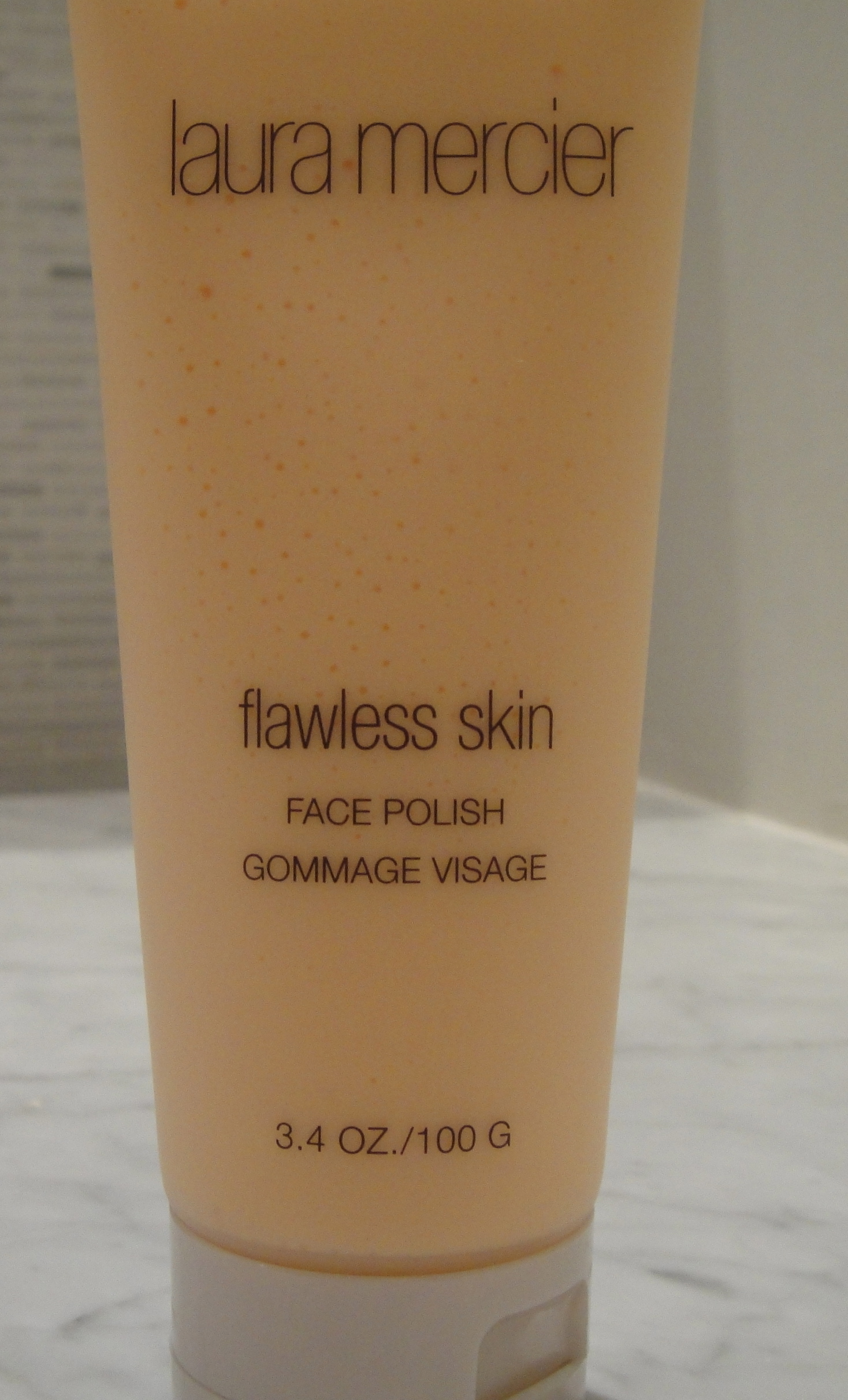 Extra: Laura Mercier, Flawless Skin Face Polish